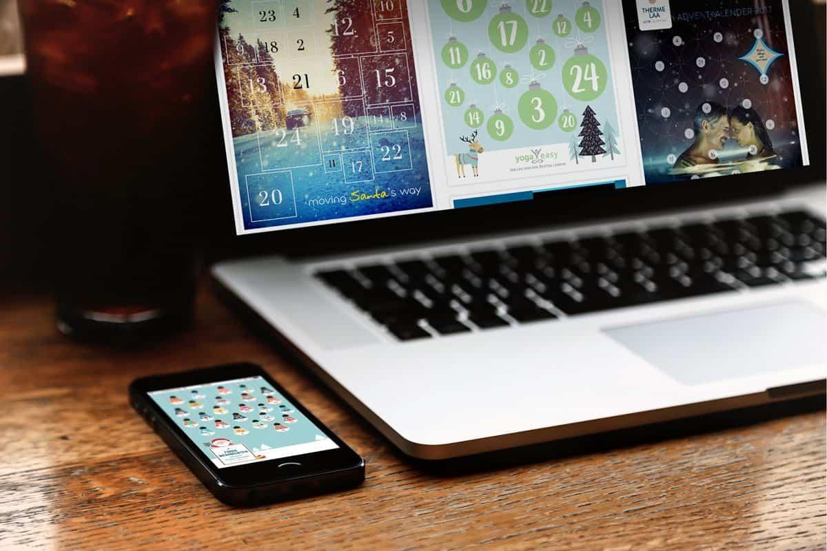 Adventskalender_Laptop_im_Cafe_und_Handy_Beispiele